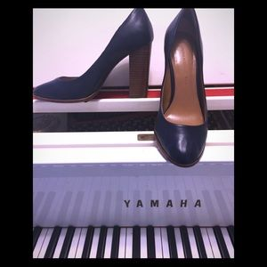 Navy blue banana republic heels